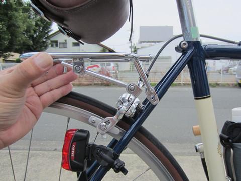 ... バッグサポーター: 素人自転車